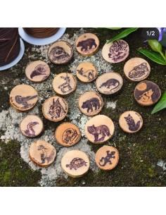 Colgante artesanal en madera